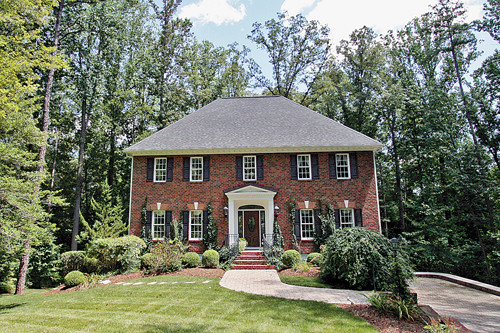 Single Family Home for Sale, ListingId:24842354, location: 2 Raven Rock Lane Henrico 23229